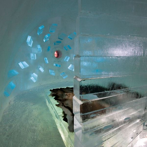 ICEHOTEL 4 nights + flight. From 6030 SEK.