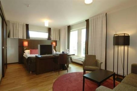 Suite room with double bed.
