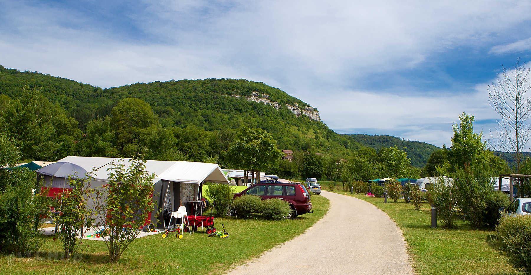 Camping écologique la Roche d'Ully ****