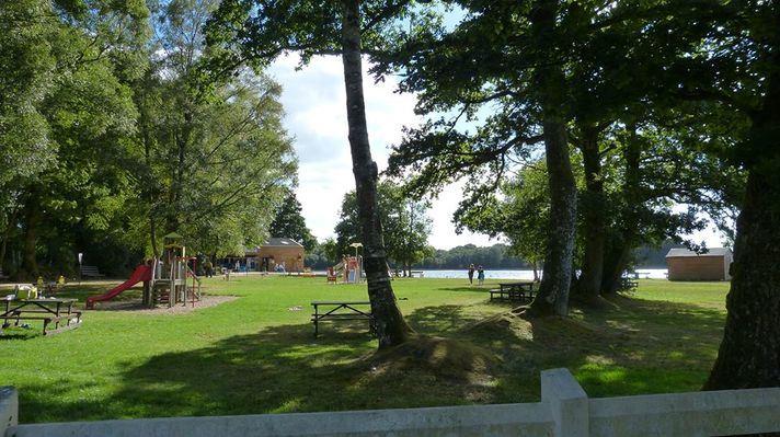 Camping Le Lac O Fées