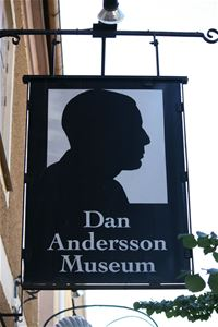 Sign above the entrance of the museum.
